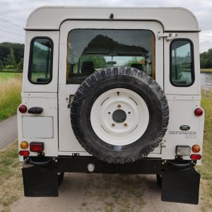1994 LR LHD Defender 110 300 Tdi B White rear
