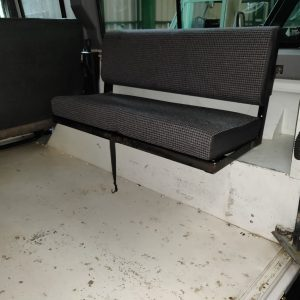 1994 LR LHD Defender 110 300 Tdi White rear bench seats