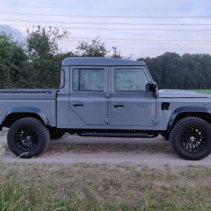 2001 LR LHD Defender 130 Nardo Grey B right side