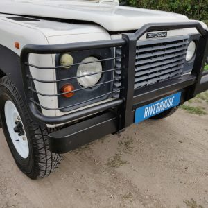 1994 LR LHD Defender 110 5dr 300 Tdi A White grill close