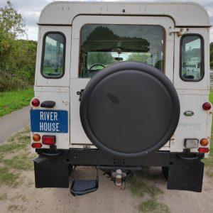 1994 LR LHD Defender 110 5dr 300 Tdi A White rear