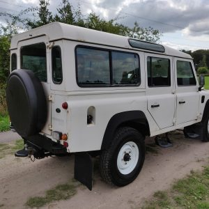 1994 LR LHD Defender 110 5dr 300 Tdi A White right rear