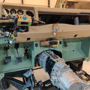1994 LR LHD Defender 130 Beachrunner Pastel Green day 19 dash installed