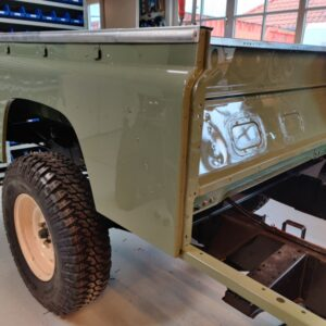 1994 LR LHD Defender 130 Beachrunner Pastel Green day 25 rear tub installed right front
