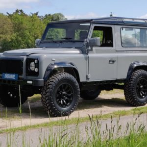 1994 LR LHD Defender 90 Nardo Grey A left front
