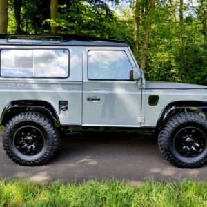 1994 LR LHD Defender 90 Nardo Grey A right side