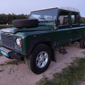 1995 LR LHD Defender 130 Conisten Green left front