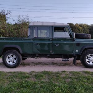 1995 LR LHD Defender 130 Conisten Green open right side