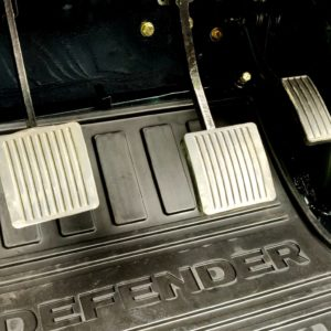 1995 LR LHD Defender 90 300 tdi Aintree AA open pedalbox and OEM mat