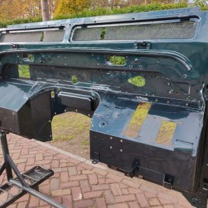 1995 LR LHD Defender 90 300 tdi Aintree Green day 1 bulkhead back from paint