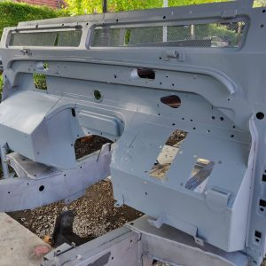 1995 LR LHD Defender 90 300 tdi White blasted frame with body bulkhead close