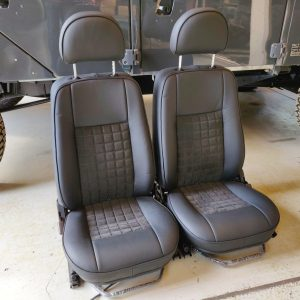 1995 LR LHD Defender 90 300 tdi White day 9 front seats with alcantara left front