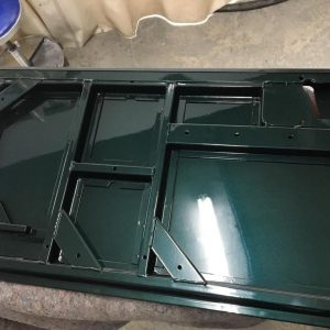 1995 LR LHD Defender 90 300 tdi painter rear door before final coat