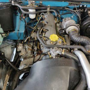 1992 LR LHD 110 Tuscan Blue 200 Tdi A open engiine bay