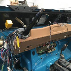 1992 LR LHD 110 Tuscan Blue 200 Tdi day 12 dash left