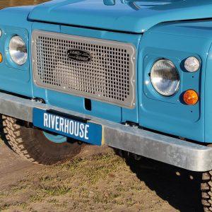 1992 LR LHD 110 Tuscan Blue 200 Tdi ready grill close