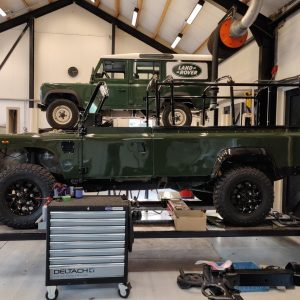 1992 LR LHD Defender 3 dr 200 Tdi Eastnor 2 day 10 half doors installed