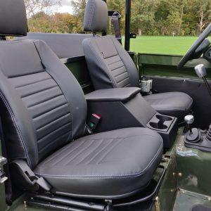 1992 LR LHD Defender 3 dr 200 Tdi Eastnor 2 front seats