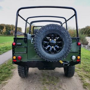 1992 LR LHD Defender 3 dr 200 Tdi Eastnor 2 rear rear