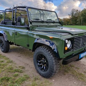 1992 LR LHD Defender 3 dr 200 Tdi Eastnor 2 right front