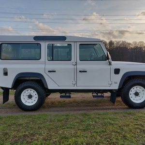 1994 LR LHD Defender 110 300 Tdi White A right side