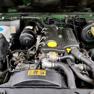 1995 LR LHD Defender 110 Conisten Green 300 Tdi engine bay