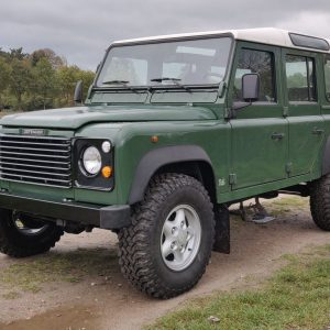 1995 LR LHD Defender 110 Conisten Green 300 Tdi left front