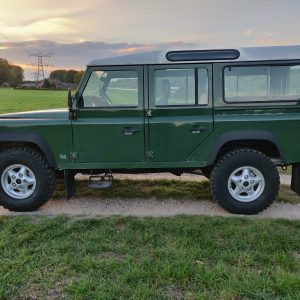 1995 LR LHD Defender 110 Conisten Green 300 Tdi left side