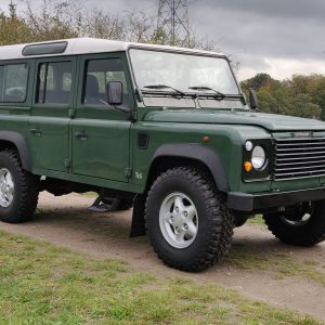 1995 LR LHD Defender 110 Conisten Green 300 Tdi right front