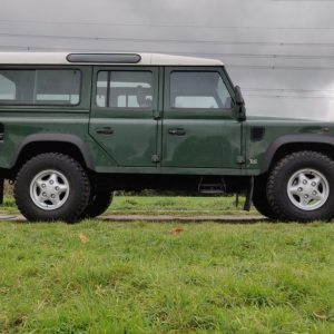1995 LR LHD Defender 110 Conisten Green 300 Tdi right side low