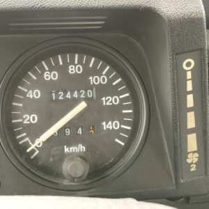 1995 LR LHD Defender 110 Conisten Green 300 Tdi speedo