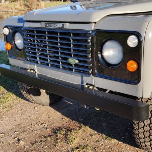 1993 LR LHD Defender 90 200 Tdi Grey B grill close