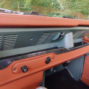 1995 LR LHD Defender 90 Keswick Green Soft Top A no top dash right
