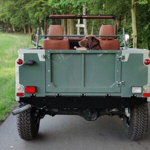 1995 LR LHD Defender 90 Keswick Green Soft Top A no top rear
