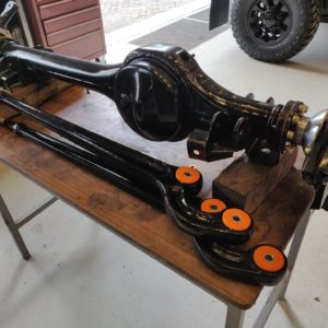 1992 LR LHD Defender 110 5 dr Tdi Cappuchino chassis front axle build up