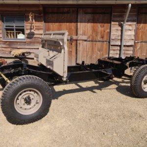 1992 LR LHD Defender 110 5 dr Tdi Cappuchino chassis rolling with bulkhead left front