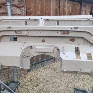 1992 LR LHD Defender 110 5 dr Tdi Cappuchino panels bulkhead