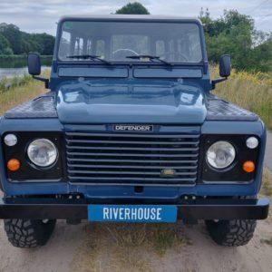 1992 LR LHD Defender 110 3 dr 200 Tdi front