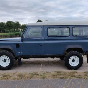 1992 LR LHD Defender 110 3 dr 200 Tdi left side