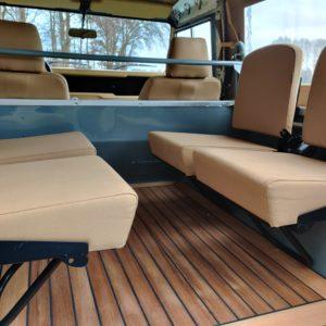 1987 Defender 90 200 Tdi A 4 jump seats and teakfloor