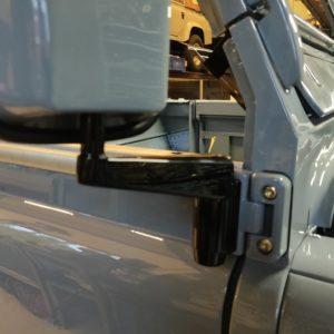 1987 Defender 90 200 Tdi Ron T building day 14 door mirrors installed