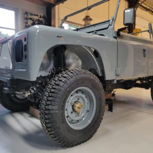 1987 Defender 90 200 Tdi Ron T building day 15 left front low