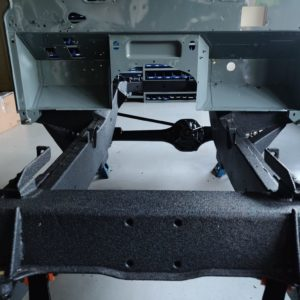 1987 Defender 90 200 Tdi Ron T building day 2 bulkhead installed on rolling frame