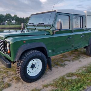 1996 LR LHD Defender 130 Conisten Green left front