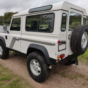 1993 LR LHD Defender 90 200 Tdi White A left rear