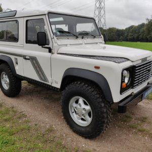 1993 LR LHD Defender 90 200 Tdi White A right front