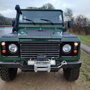 1994 LR LHD Defender 130 Conisten Green 300 Tdi front
