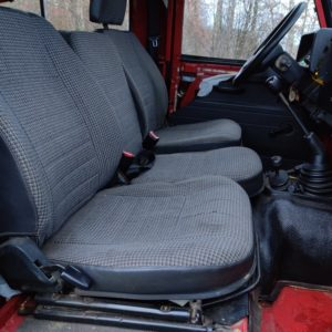 1995 LR LHD Defender 90 SW Red 300 Tdi A front seats