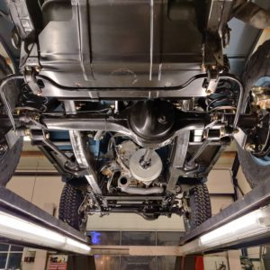 2008 LR LHD Defender 90 Tdci Blue Clipper Blue day 8 rear suspension from below
