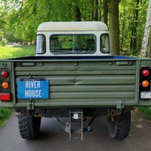 1985 LR RHD Landrovr 127 Green A rear